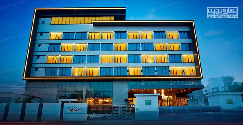 نورپردازی نمای ساختمان تجاری