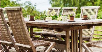 انواع چیدمان میز و صندلی در تراس و باغ (میز و صندلی فضای باز)