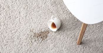 راهکارهای پاک کردن و از بین بردن لکه چای روی فرش