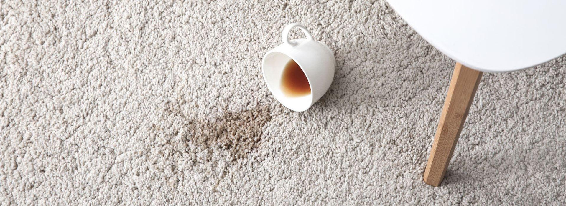 پاک کردن لکه چای روی فرش